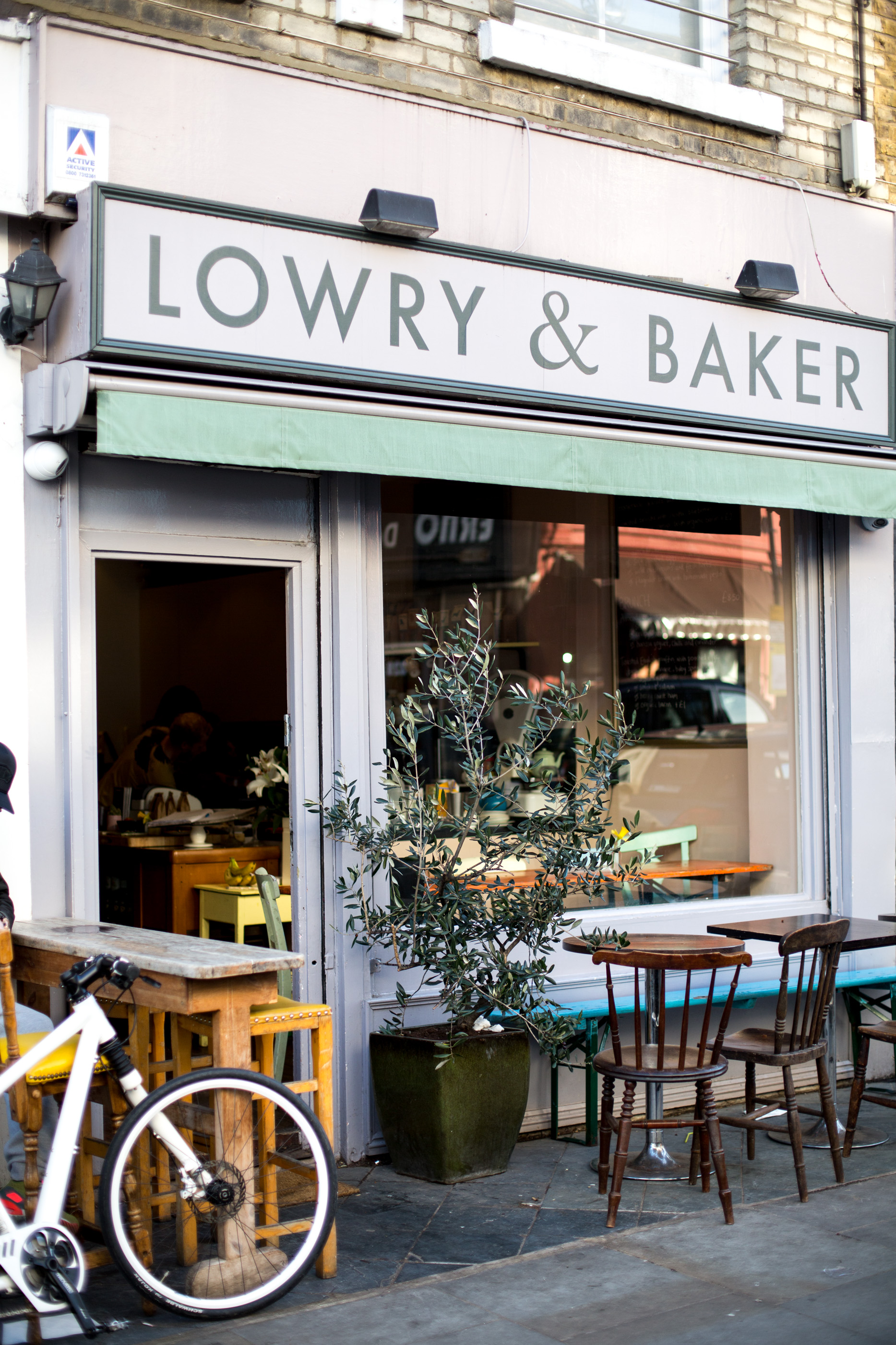 Notting Hill Ladbroke Grove the ultimate guide to notting hill: see, eat, shop