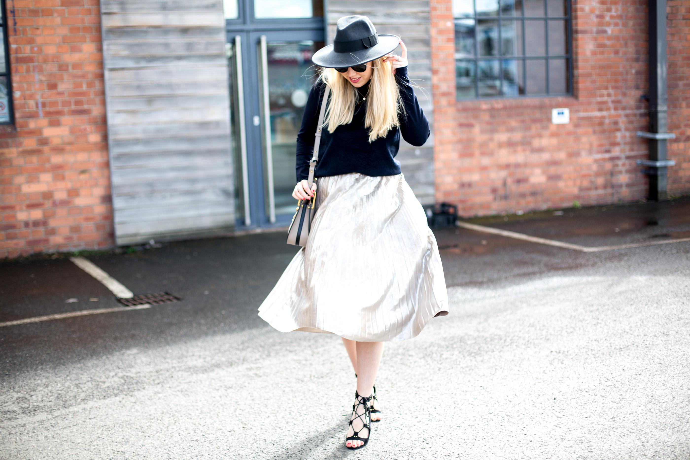 Mediamarmalade_Metallic_Midi_Skirt-21