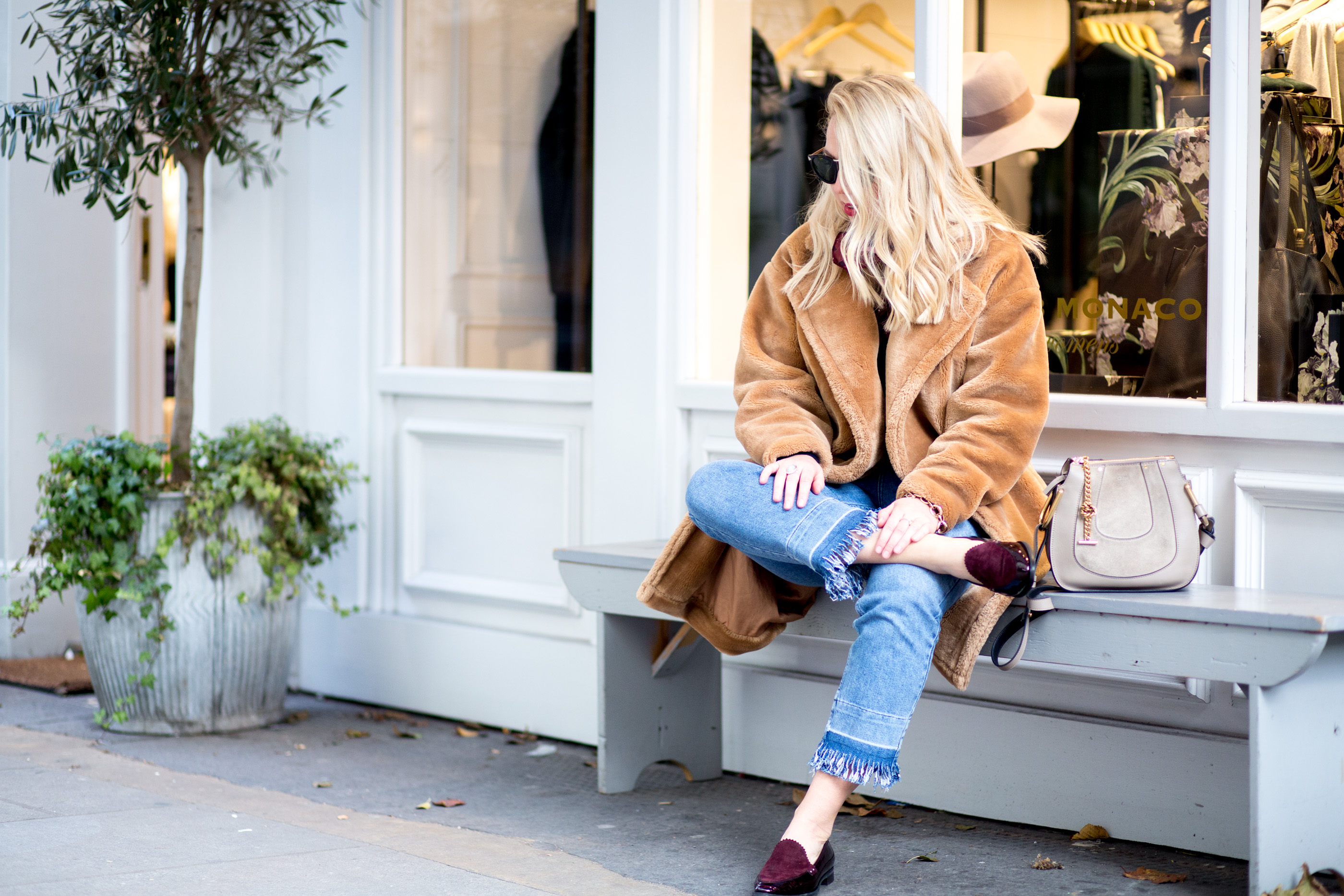 mediamarmalade_frayed_hem_jeans-10
