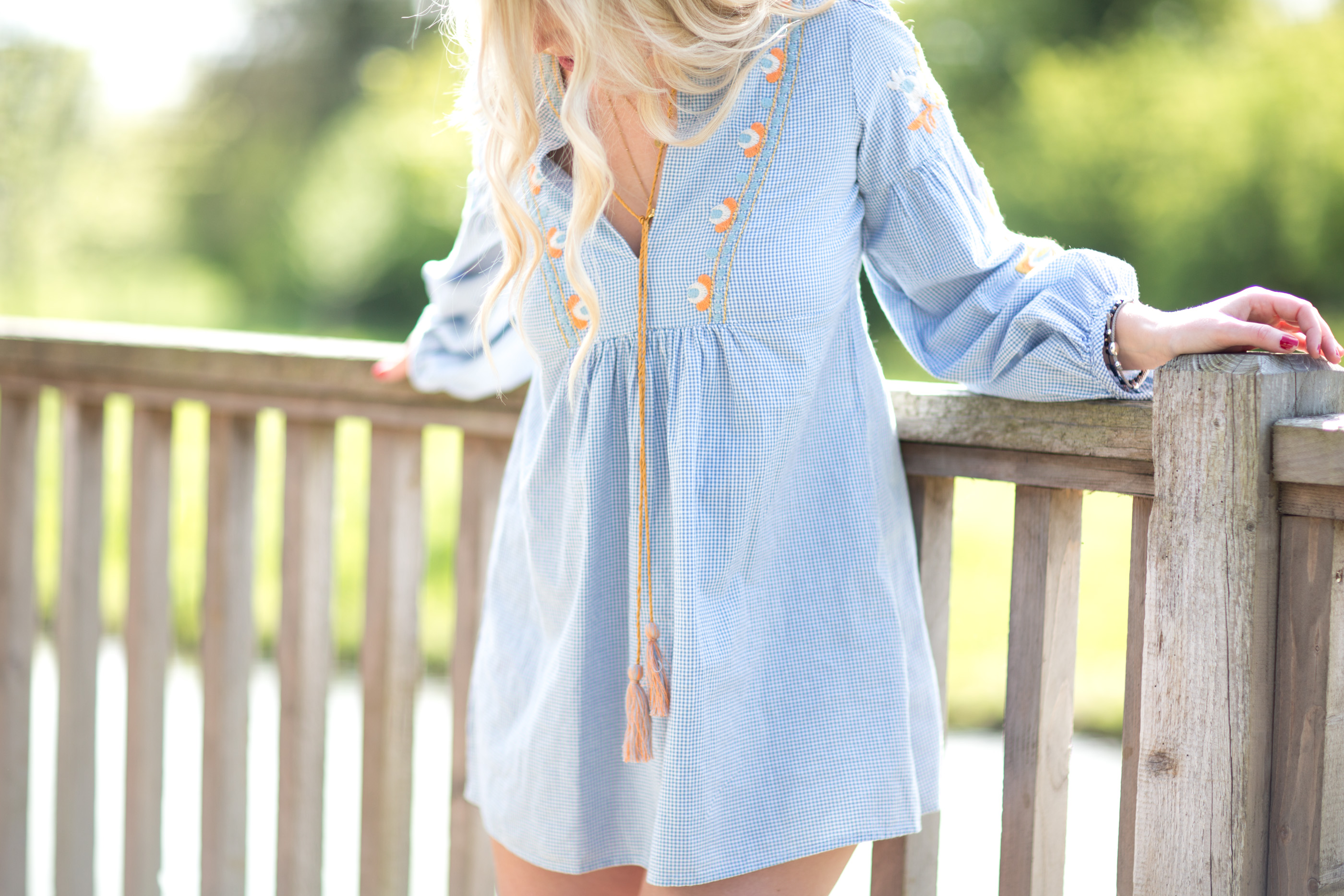 1513885d HOW TO STYLE A SMOCK DRESS AT ANY AGE - Mediamarmalade